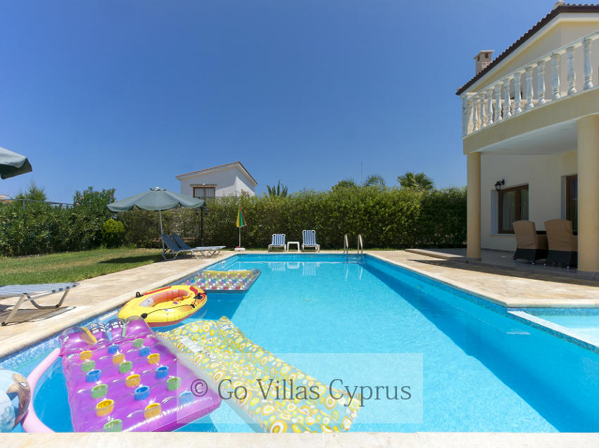 Holiday Villa Tsikkos 5 (Ref. 2660)
