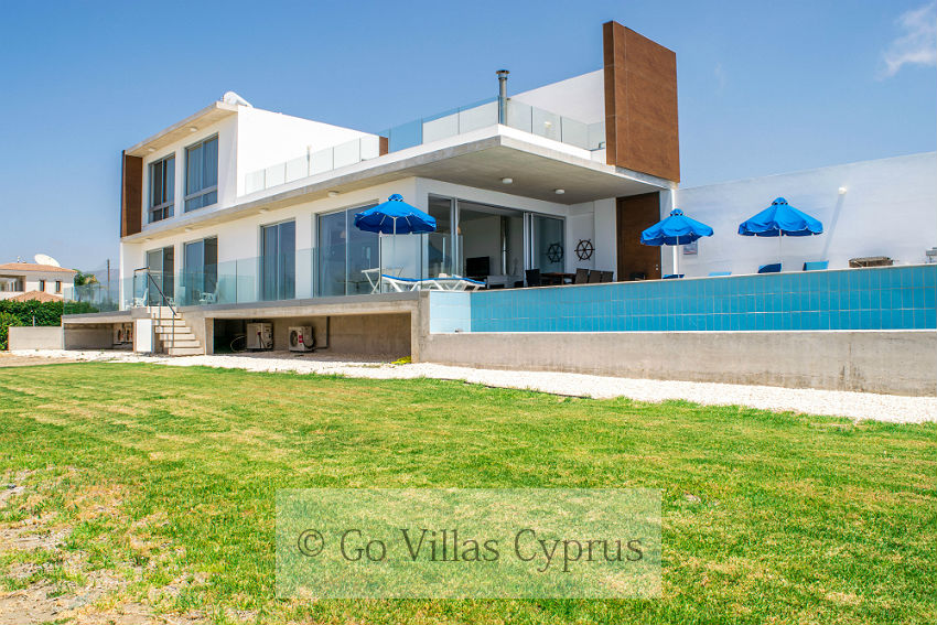 Holiday Villa Mare Beach (Ref. 2627)