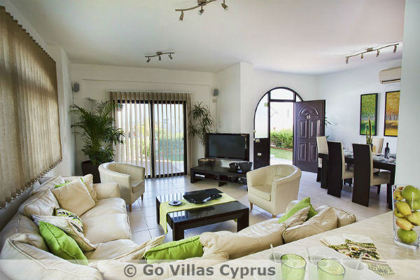 Holiday Villas in Cyprus - Villa Amelie, Cape Greko -2301